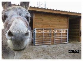 Le spécialiste discount des boxs pour chevaux.